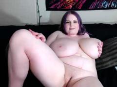 BBW White Chick Big Boobs Cam Portray