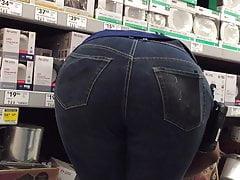 OMG BBW Shelf Ass African Again Bends Over
